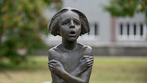 Памятник пропавшим детям в Вильнюсе - Sputnik Латвия