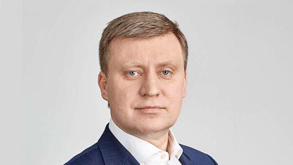 Депутат Рижской Думы, председатель комитета по развитию Риги Максим Толстой - Sputnik Латвия