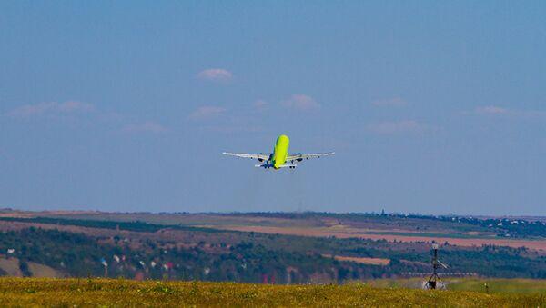 Самолет, архивное фото - Sputnik Latvija