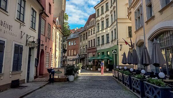 Улица Яуниела (Jauniela)  в Риге - Sputnik Латвия