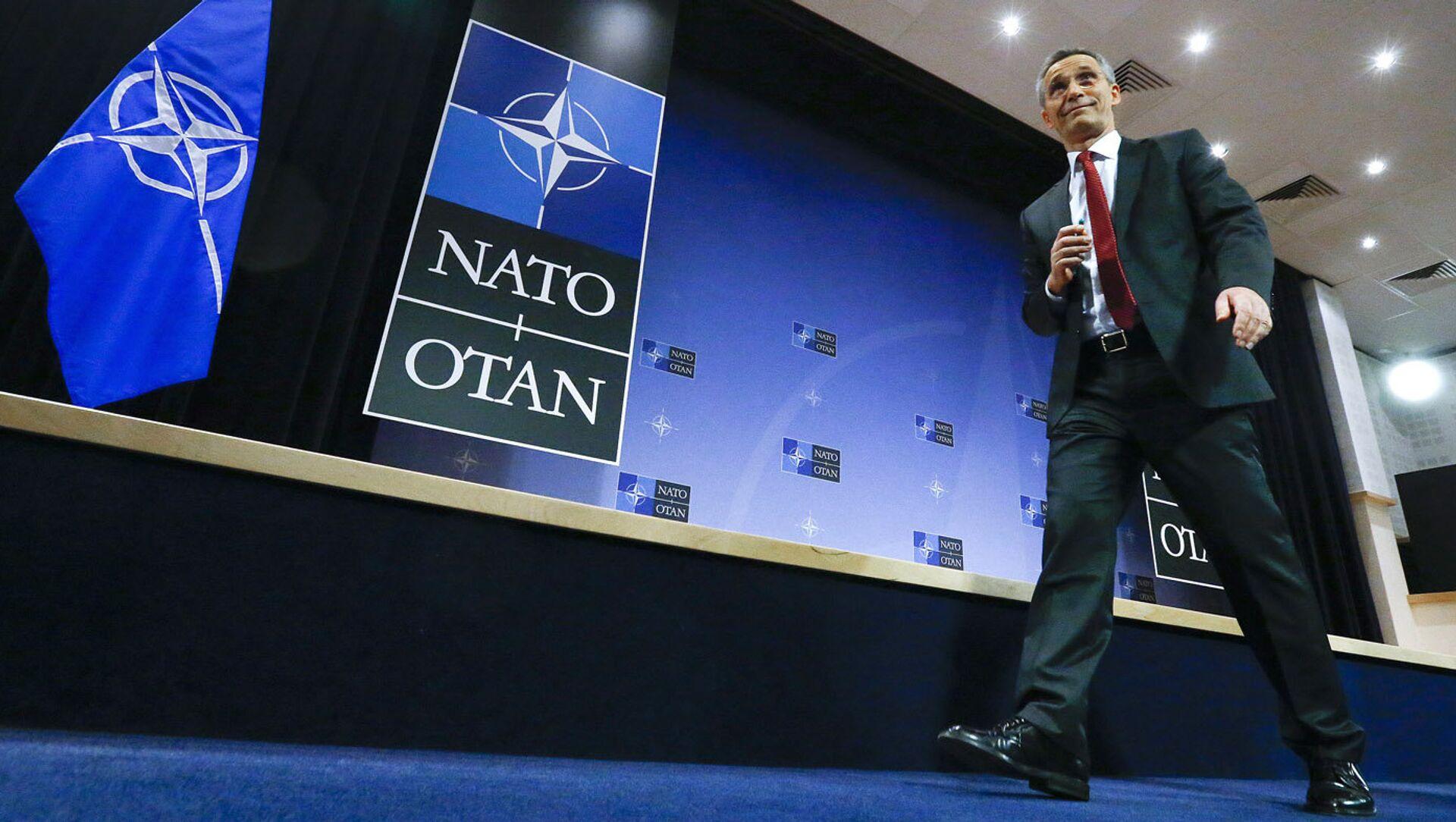 Генеральный секретарь НАТО Йенс Столтенберг на пресс-конференции - Sputnik Latvija, 1920, 07.04.2021