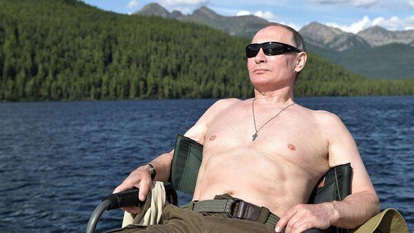 Президент РФ В.Путин провел отпуск в Республике Тыва - Sputnik Латвия