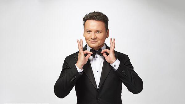 Ведущий шоу Ты супер Александр Олешко - Sputnik Латвия