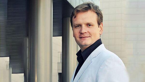 Эксперт-международник, доцент Национального исследовательского университета Высшая школа экономики Дмитрий Офицеров-Бельский - Sputnik Латвия