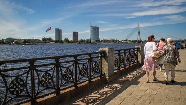 Набережная с видом на АБ дамбу - Sputnik Латвия