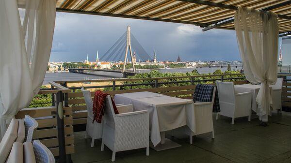 Летняя терраса Veranda на 10-м этаже Islande - Sputnik Латвия