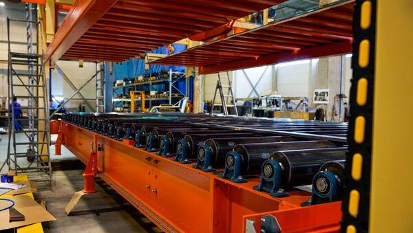 Часть линии по производству фанеры для завода в США разработана и построена в Латвии - Sputnik Латвия