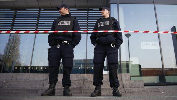 Сотрудники полиции в Нидерландах - Sputnik Латвия