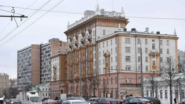 Здание посольства США в Москве - Sputnik Латвия
