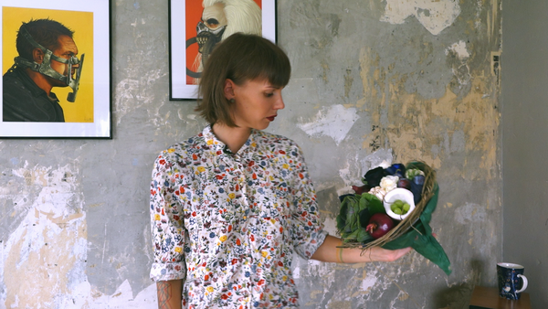 Жительница Таллина создает съедобные букеты из овощей, фруктов, грибов, сыра и мяса - Sputnik Латвия