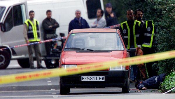 Полиция Испании осматривает место преступления - Sputnik Латвия