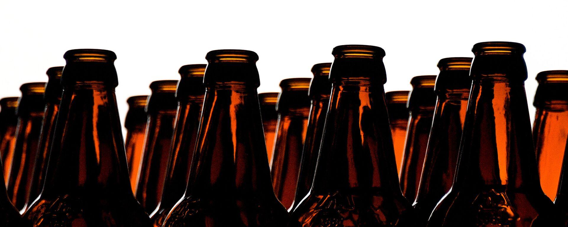Цех розлива на пивоваренном заводе - Sputnik Латвия, 1920, 24.01.2021