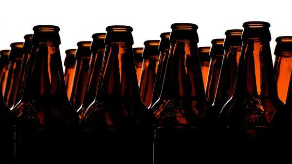 Цех розлива на пивоваренном заводе - Sputnik Latvija