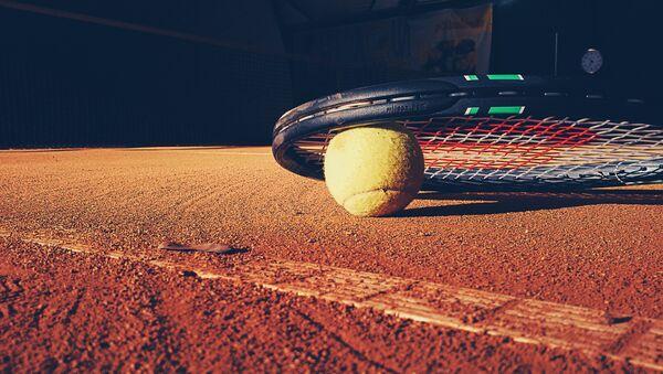 Ракетка и теннисный мяч - Sputnik Латвия