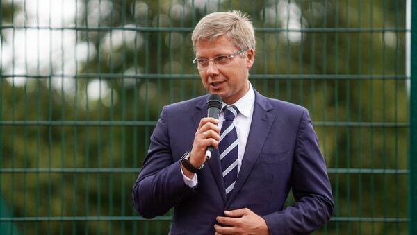 Мэр Риги Нил Ушаков на открытие здания Основной школы Рижской 64 средней школы - Sputnik Латвия