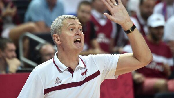 Тренер латвийской сборной по баскетболу Айнарс Багатскис - Sputnik Латвия