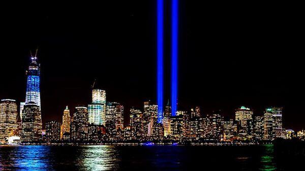 Световые инсталляции в память об 11 сентября 2001 года - Sputnik Latvija