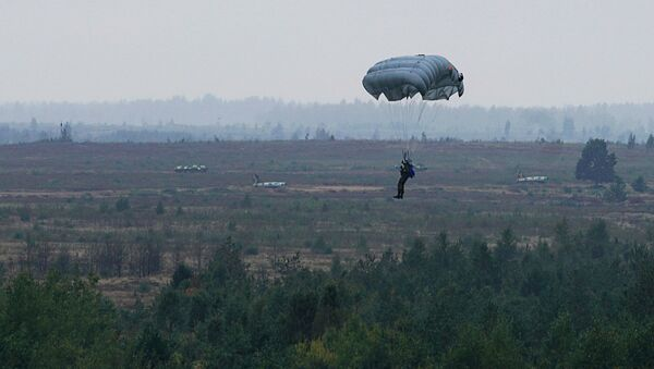По легенде учений самолёт союзного государства был сбит сепаратистами из ПЗРК, пилоты катапультировались - Sputnik Латвия