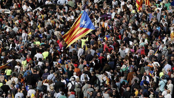 Протесты против ареста чиновников в Барселоне 20 сентября - Sputnik Latvija