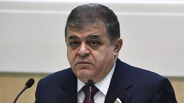 Владимир Джабаров, первый заместитель председателя Комитета по международным делам Совета Федерации России    - Sputnik Латвия