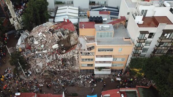 Последствия землетрясения в Мехико - Sputnik Латвия