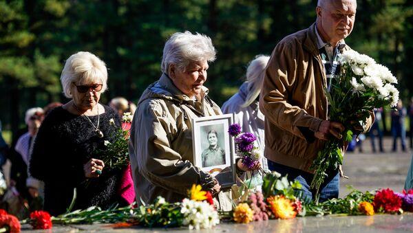 День освобождения концентрационного лагеря Саласпилс - Sputnik Латвия