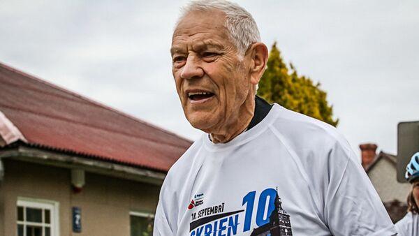 Участник марафона в Берлине Висвалдис Лацис - Sputnik Латвия