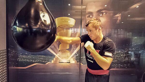 Майрис Бриедис — непобежденный латвийский боксёр-профессионал и кикбоксер, выступающий в первой тяжёлой и тяжёлой весовых категориях. Чемпион Европы по кикбоксингу. Чемпион мира по версиям WBC, IBO, IBA - Sputnik Латвия