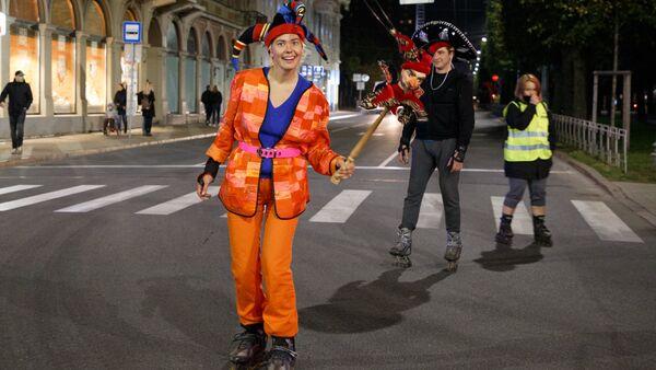 Nakts brauciens Valdemāra ielā, 2017. gada 30. septembrī - Sputnik Latvija