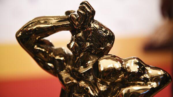 Статуэтка бронзового Орфея на церемонии вручения телевизионной премии ТЭФИ - Sputnik Латвия
