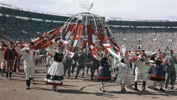 Церемонии открытия VI Всемирного фестиваля молодежи и студентов - Sputnik Латвия