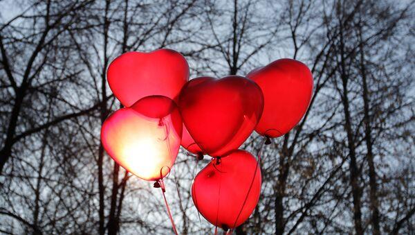 Празднование Дня святого Валентина - Sputnik Латвия