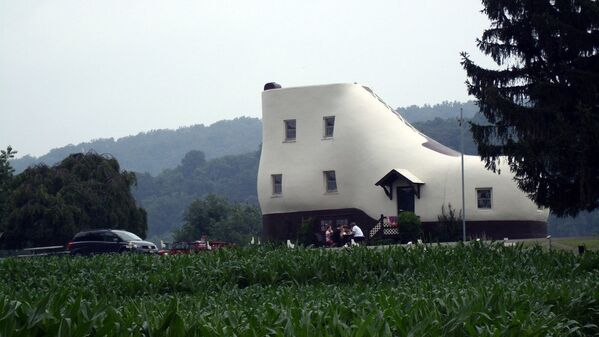 Дом-башмак (Shoe House) в штате Пенсильвания, США. - Sputnik Латвия