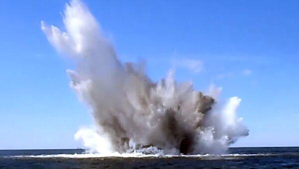 Latviešu ūdenslīdējs meklē mīnas Baltijas jūrā - Sputnik Latvija
