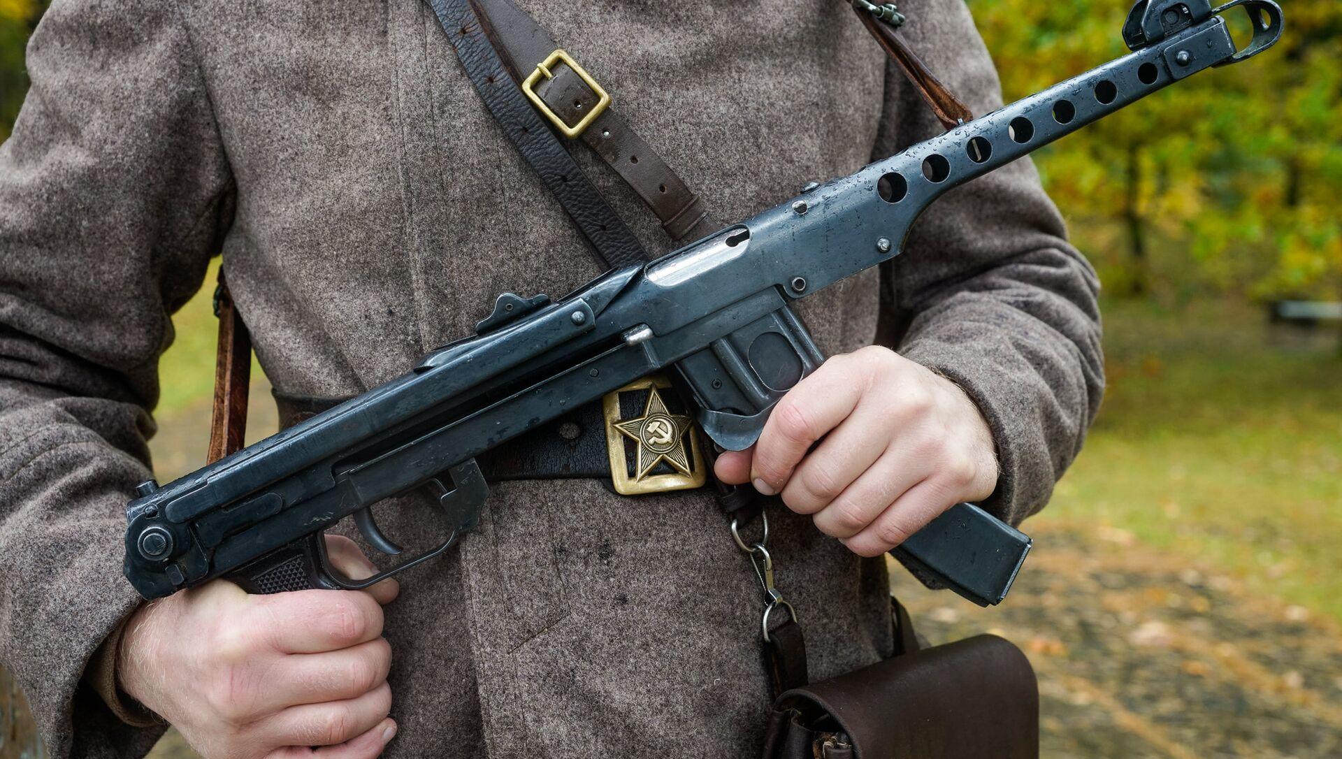 Пистолет-пулемет системы Судаева - Sputnik Latvija, 1920, 12.05.2021