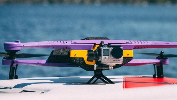 Беспилотный летательный аппарат латвийского предприятия AirDog - Sputnik Латвия