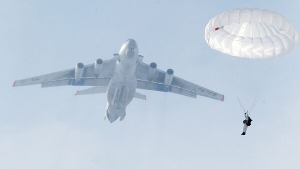 Учения Воздушно-десантных войск (ВДВ) - Sputnik Латвия