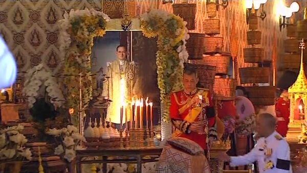 Церемония прощания  с покойным королем Таиланда - Sputnik Латвия