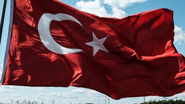 Флаг Турции - Sputnik Latvija