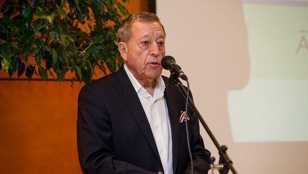 Председатель правления акционерного общества Dzintars Илья Герчиков - Sputnik Латвия