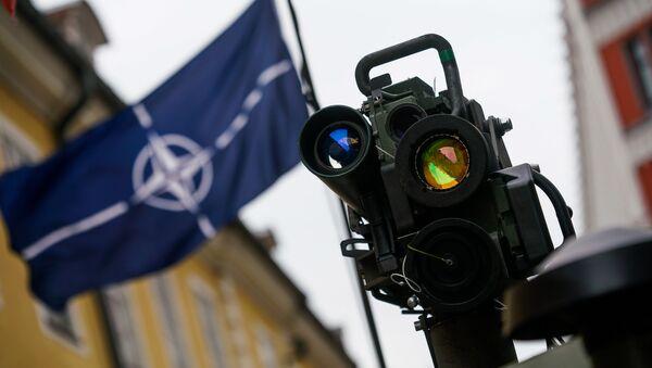 Израильская противотанковая ракета SPIKE - Sputnik Latvija