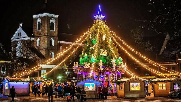 Рождественская елка в Каунасе, архивное фото - Sputnik Латвия