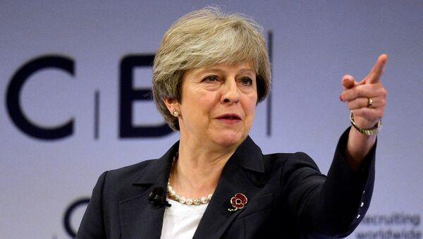 Премьер-министр Великобритании Тереза Мэй - Sputnik Latvija