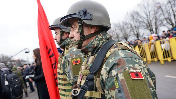 Военнослужащие Албании на параде в Риге - Sputnik Латвия