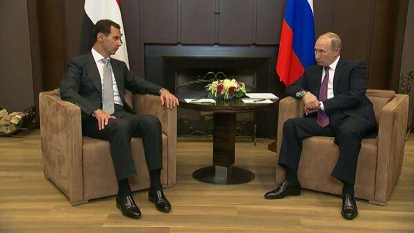 Президент Сирии Башар Асад поблагодарил Владимира Путина за помощь - Sputnik Латвия