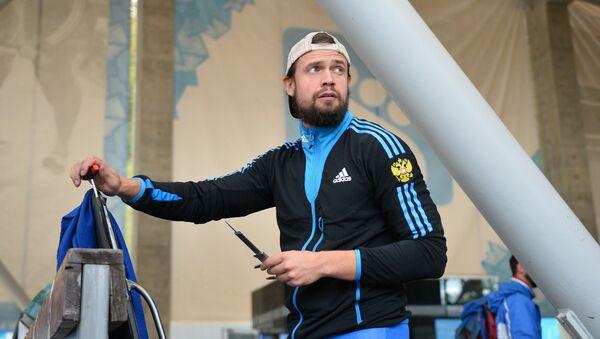 Александр Третьяков на контрольной тренировке сборной России по скелетону в Сочи - Sputnik Латвия