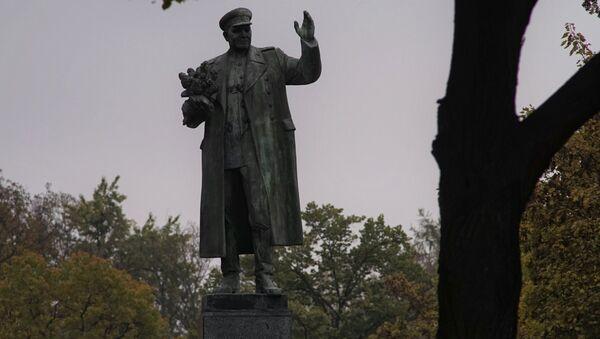 Памятник маршалу Коневу в Праге - Sputnik Латвия