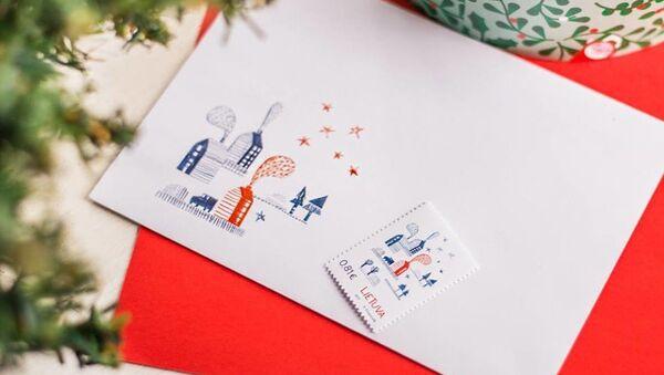 Рождественские марки Почты Литвы с запахом имбирного печенья - Sputnik Латвия