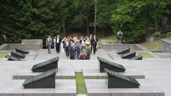 Антакальнисское кладбище 22 июня 2016 года - Sputnik Latvija