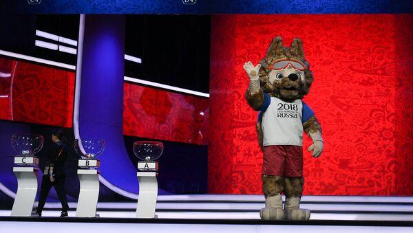 Официальный талисман чемпионата мира по футболу 2018 волк Забивака - Sputnik Latvija